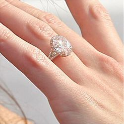 katie holms wedding ring