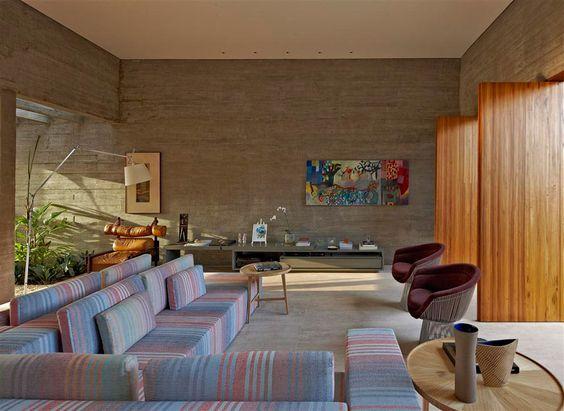 Concreto + cor sutil + madeira