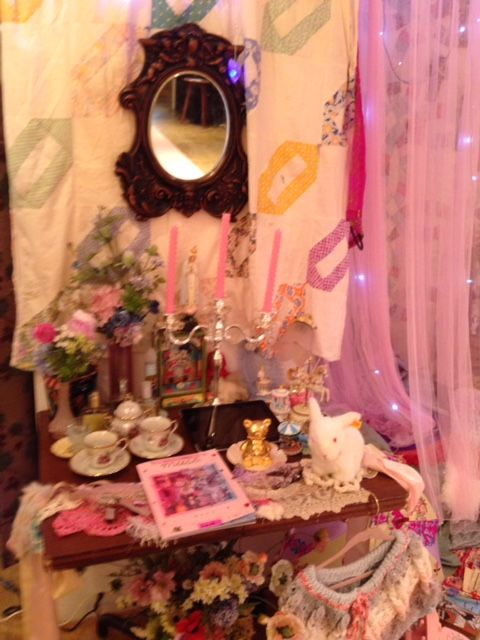 Welcome to Oh Yeah Cult Party! For all things Cult Party Kei! Links: The Virgin Mary Manapyon blog...