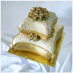 2 tiered Pillow Wedding Cake
