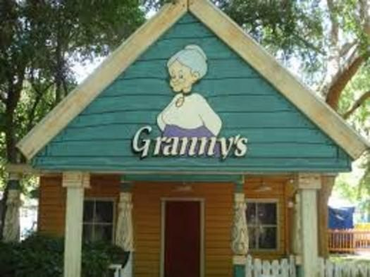 TripleClicks E-Commerce Associates – Granny's Shop | AM&SM