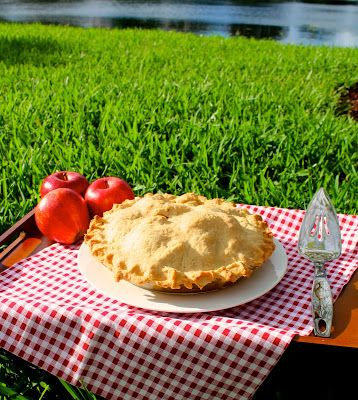 The Lavender Apple's Famous Apple Pie