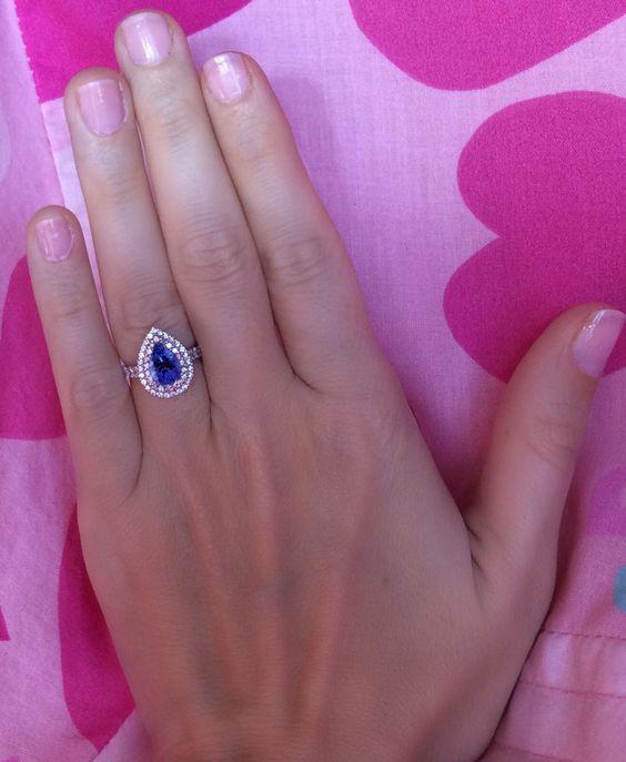 pear shaped Tanzanite wedding ring. Very trendy & vintage  http://www.toptanzanite.com/rings/#&sh-pear&ct-8