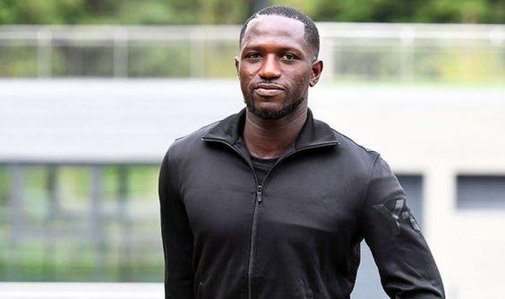 Transfers: Wilshere's exit Tottenham's late Sissoko bid Chelsea complete striker deal   via Arsenal FC - Latest news gossip and videos http://ift.tt/2bTaHC7  Arsenal FC - Latest news gossip and videos IFTTT