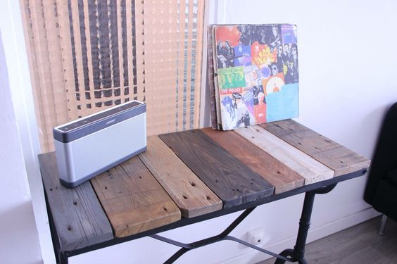 Pallet Wood DIY Table