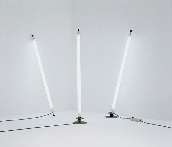 Free standing fluorescent tube light google search for Floor lamp with tube light