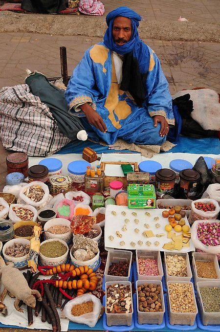 #Marrakech, point of departure and arrival of all Maroc Désert Expérience tours http://marocdesertexperience.com - Morocco 24 March: Marrakech - local event   World Harmony Run