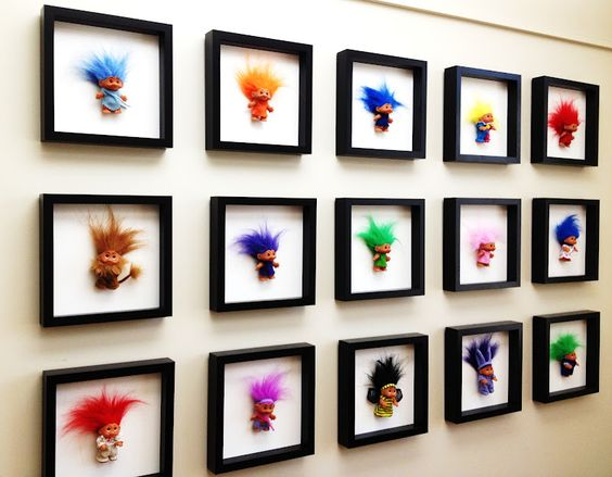 adventures of an almost 40 year old intern...: d.i.why not? modern troll dolls as wall art