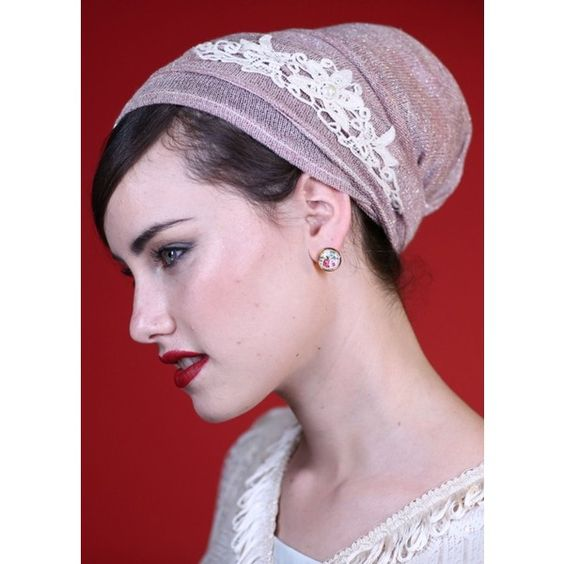 Saraleh Mitpachot Antique Pink Knit Head Covering (€14) ❤ liked on Polyvore featuring accessories, hair accessories, pink, antique hair accessories, pink hair accessories and sparkly hair accessories