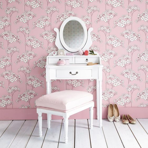 Roses on pinterest for Coiffeuse meuble enfant
