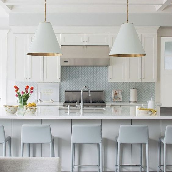 Love the color scheme and backsplash