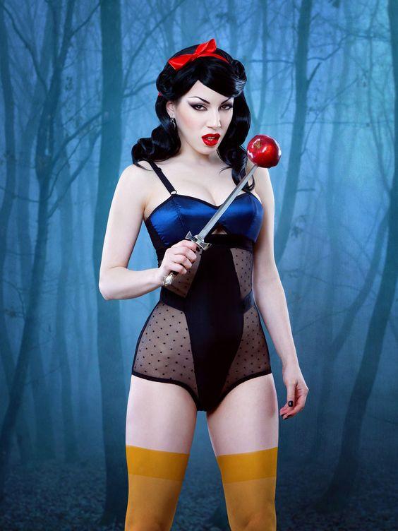 Morgana as Snow White <3 Kiss Me Deadly lingerie