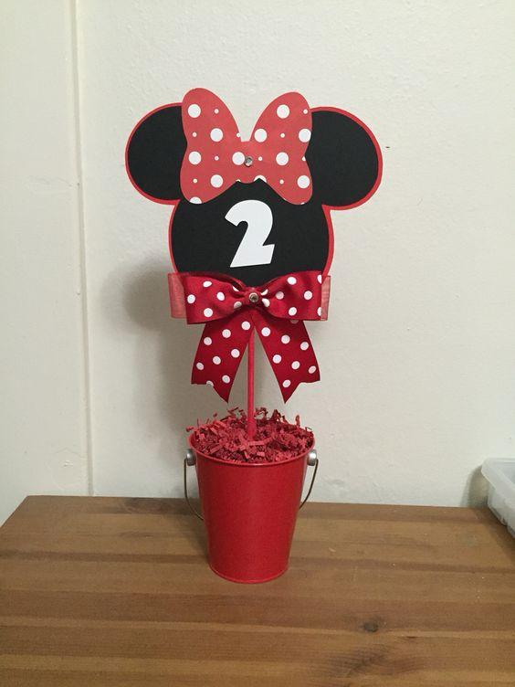 Minnie center piece