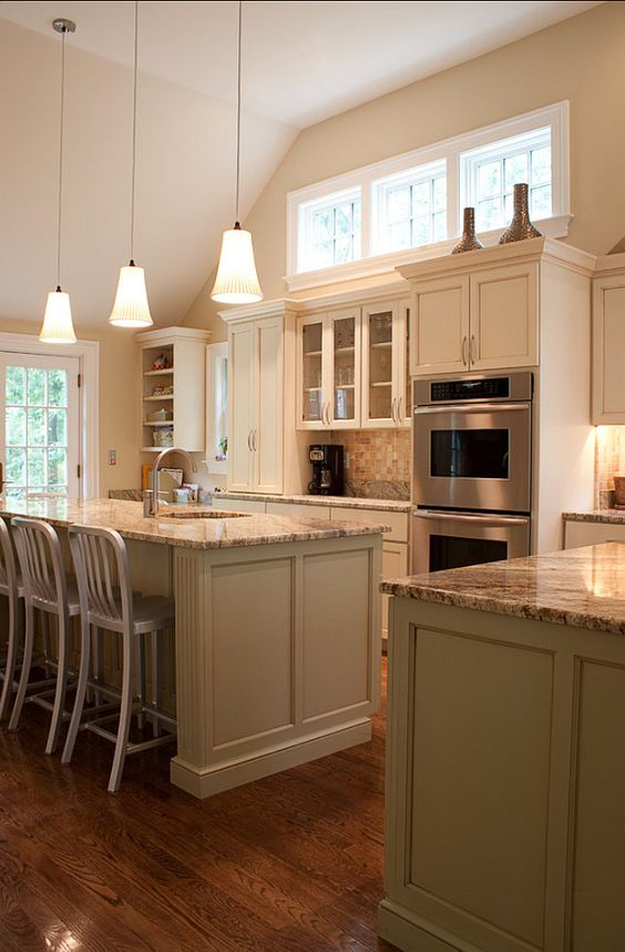 Cream white kitchen cabinet paint color inspiration cream for Cream kitchen paint ideas