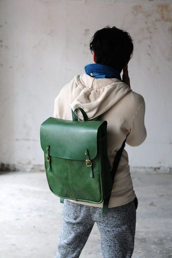 Main cousu de sac à dos en cuir Extra Large par ArtemisLeatherware