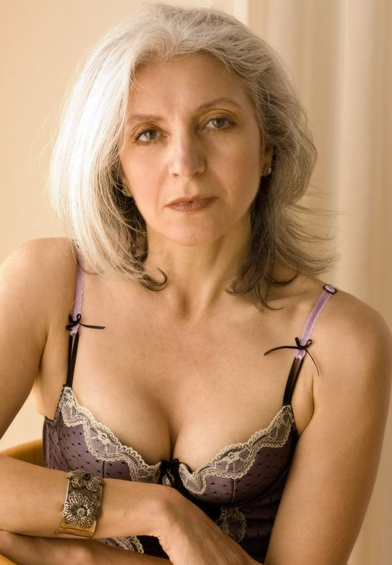 Mature Older Sexy Women 16