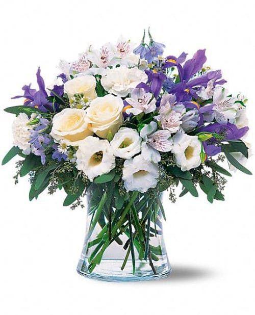 Nj Wedding Florist Bouquet Inspiration Nj Wedding Photographer Idalia Photography In 2020 Blush Bouquet Wedding Flower Bouquet Wedding Wedding