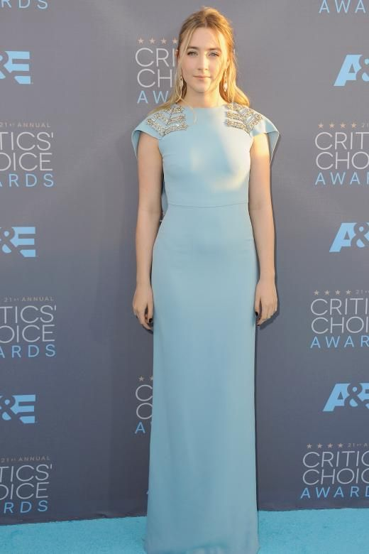 Klassisch schön: Saoirse Ronan in einer Hollywood-Robe von Antonio Berardi bei den Critics' Choice Awards in Santa Monica.