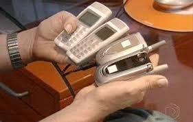 Você vive sem celular? Leia mais em: http://lucimarestreladamanha.blogspot.com.br/2015/07/voce-vive-sem-celular.html