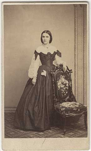 1860 Minnesota Historical Society. Lovely young women. Shear sleeves, handkerchief in front skirt pocket  Um, yes. Just, yes.