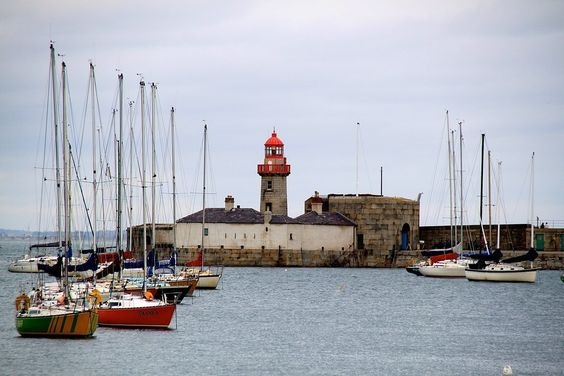 Dun Laoghaire Harbour - Dublin, Ireland - Photo