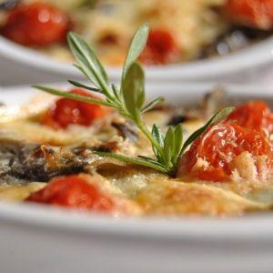 Clafoutis d'aubergines et tomates confites © Monique Merzougui