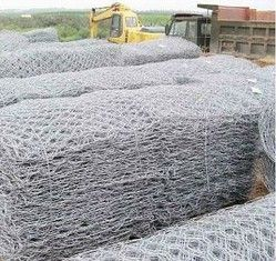 welded mesh gabions(wire mesh gabion) are made of heavy hexagonal wire nettings. The wire diameter size depends on the opening size of heavy hexagonal wire nettings.