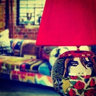 POP ART TABLE LAMP 2014 - ( lampada da tavolo Popart )  #artigianato #tablelamp #art #design #interiordesign #interiors #amalficoast #ravello #pottery #ceramica #ceramic #handpainted #handmade #madeinitaly #contactme #followme #italy #neaples #amalfi #artigianatoitaliano #pezzounico #uniquelamp #uniquepieces #pop #popart #popartist #arredamento #limitededition