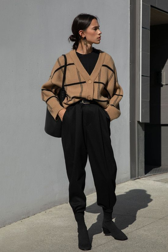 Vintage Vintage Style Fashion Style Outfitoftheday Vintage Vintagestyle Vintagefashion In 2020 Dressy Casual Outfits Black Casual Outfits Formal Casual Outfits