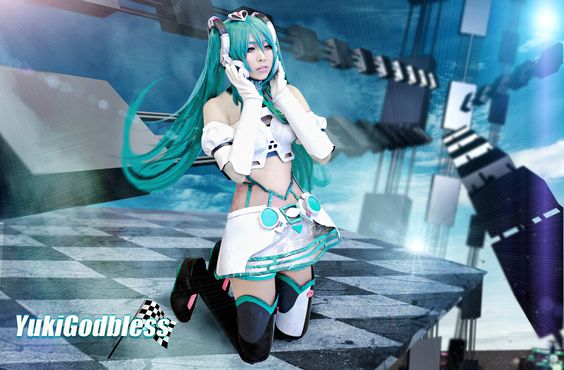 My Miku Racing Queen is coming by ~yukigodbless on deviantART
