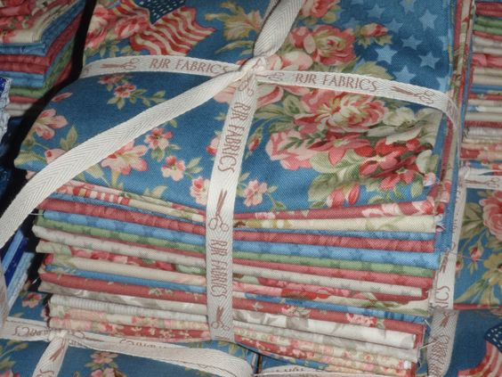20 RJR Faded Splendor Robyn Pandolph FQ Fat Quarters Pink Blue Cream Green Fabric by PrivateSourceQuiltin on Etsy