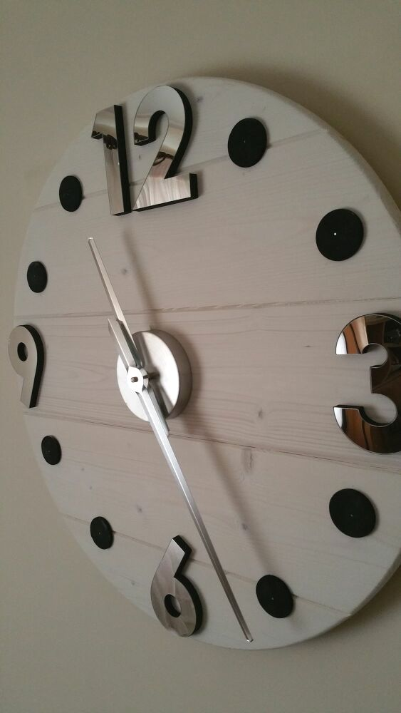 17 Diy Wall Clock Designs That Can Beautify Your Home Diy Clock Wall Wall Clock Kits Wood Clock Diy