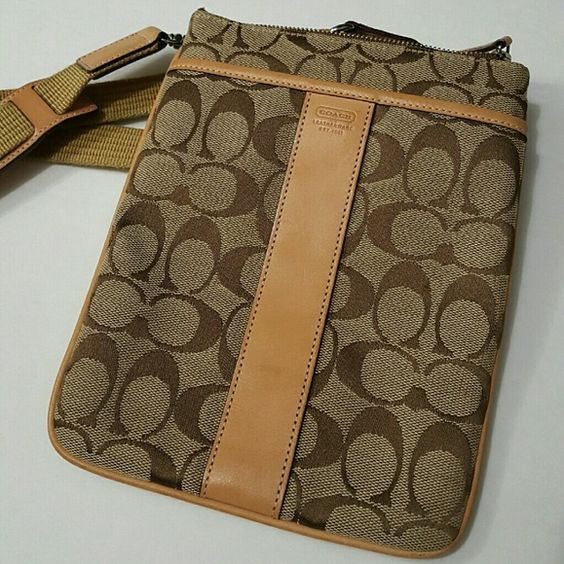 ⤵⤵Authentic Coach Signature Crossbody Authentic Coach Signature Crossbody Clearance! Sign of normal use. Cute and delightful canvas. Light scuff appear on leather. Minor wears at bottom of both corners other than that the condition is between Good to Like New! Clean interior! No dog tag. No dust bag. Simply selling the beautiful bag. Come visit for great selection of Professional Jewelry Displays, name brand accessories and Amazing Instantly Ageless Sachets Coach Bags Crossbody Bags