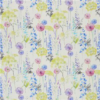 Designers Guild Fleur Sauvage Composition 100 Cotton Width 137cm Weight 137 gsm Horizontal Pattern Repeat 137 cm Vertical Pattern Repeat 64 cm