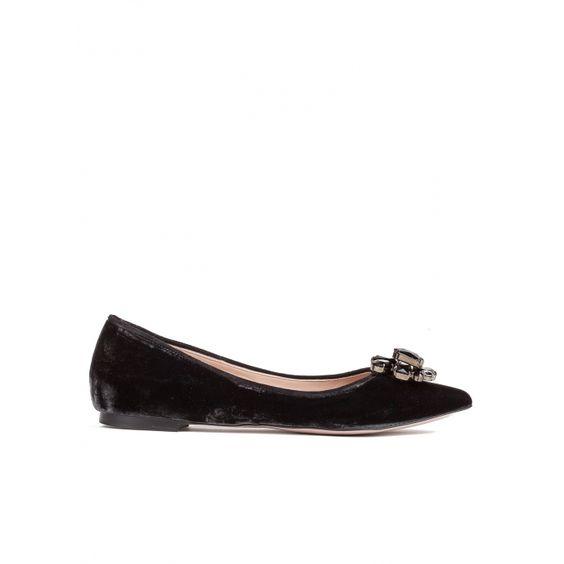 Zapatos planos con punta fina en terciopelo gris
