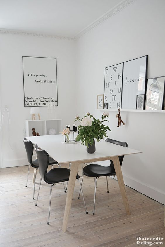 Nordic Dining Room with Series 7 chairs from Fritz Hansen