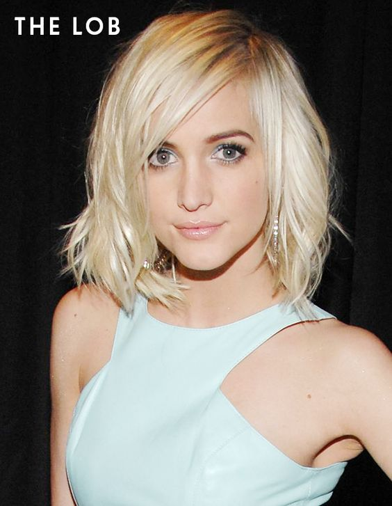 Lob hairstyles look great on oblong face shapes like Ashlee Simpson's!