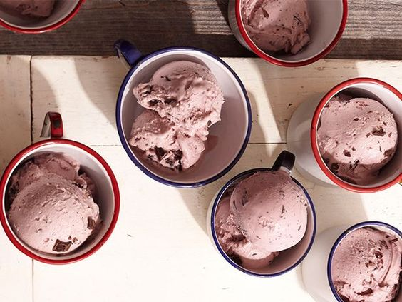 Ree's Blackberry-Chip Ice Cream from #FNMag