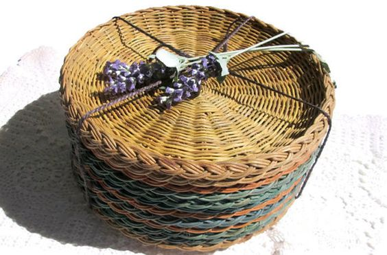 Colorful Wicker Paper Plate Holders, Vintage Picnic Ware Set of 12 ...