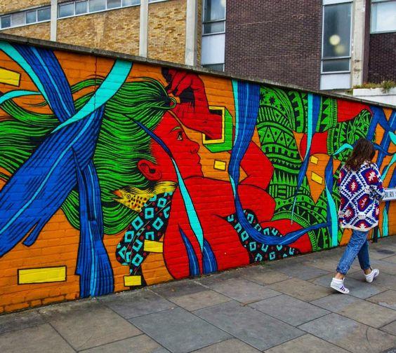 The work of Bicicleta Sem Freio in London UK with @justkidsofficial #streetart #streetartnews @bicicletasemfreio @flash_girl by streetartnews