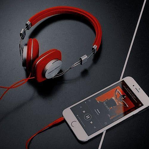 ع ـال م ه ـنت ر ل لت نس ـيق ات Apple Earphones Headphones Art Iphone Wallpaper Music