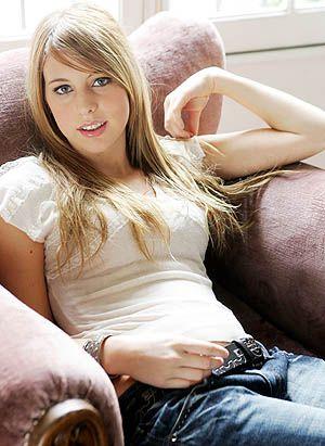 Nicole Natalino