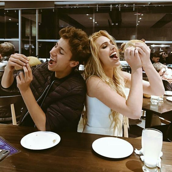 Juanpa zurita and lele pons #zuripons Elegant romance,  cute couple,  relationship goals, prom, kiss, love,  tumblr, grunge, hipster, aesthetic, boyfriend, girlfriend, teen couple, young love