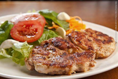 Dona Carmela (almoço)    Filé de Pescada  Filé de pescada branca servida com arroz e legumes