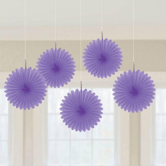 Abanicos de papel de color morado para decoraciones for Decoracion con abanicos