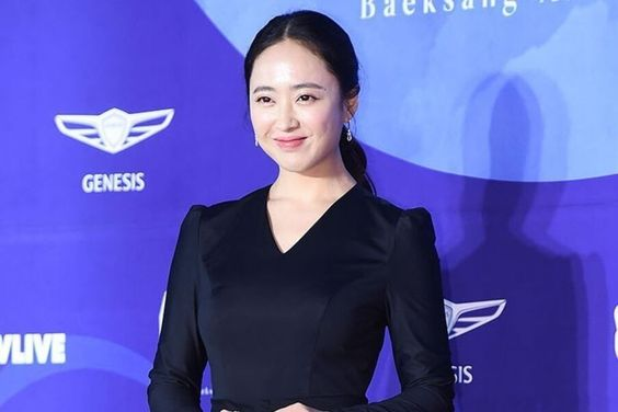 Kim Min Jung Revealed To Have Donated Her Hair To Children With Cancer