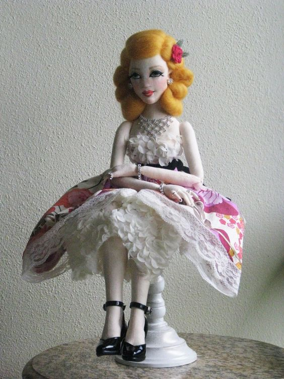 "OOAK Molly 22"" Vintage Inspired Lady Art Doll All Cloth BJD Size Gayle Wray | eBay"