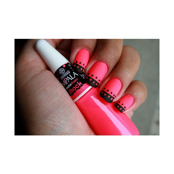 Love the color combo and matte finish: Nail Design