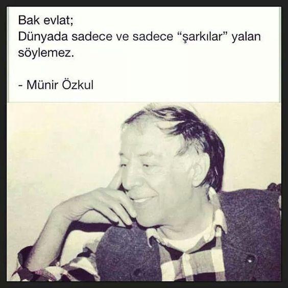 Münir Özkul..
