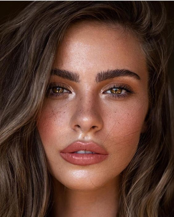 "Jose Corella on Instagram: ""Have you guys missed my makeup posts while I've been away?  @bridgetsatterlee by @tamarawilliams1 @kathleen_hair  PREP  @cledepeaubeauteus…"""